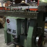MACHINE MULTIPLES FM25 SCM (29/1130)