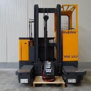 Hubtex four-way side stacker VQ20