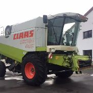 CLAAS Lexion 440, 1,985 TBh, consumables NEW