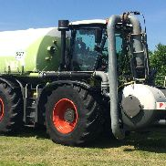 CLAAS Xerion 3800 Trac VC with manure build SGT, 7,200 Bh