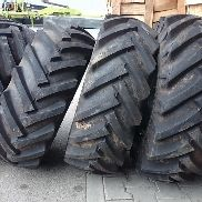 Weidemann 4 tires, 11.5 / 80-15.3