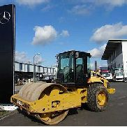 Caterpillar CS 563E Single drum compactor // only 2.513h