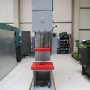 WMW PYE 25 S1 Single Column Press - Hydraulic