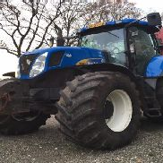 New Holland T7050 4WD TRACTOR