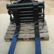 Used Forklift Attachments for sale - Fork Positioners Rotating FP10
