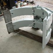 Used Forklift Attachments for sale - Cascade Paper Roll Clamp CL6