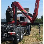 L170Z recycling/forestry crane