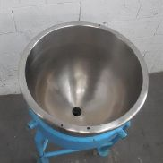 Stainless steel 16 gallon ketles. - M10646