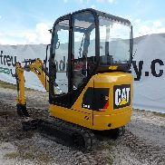 2013 CAT 301.4C Mini Excavator, Cab, Rubber Tracks, Backfill Blade, Swing Boom, Hydraulics, Aux. Hydraulics c/w Expanding Undercarriage, 3 Buckets - CAT3014CHLJK01220