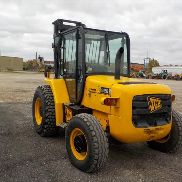 "2007 JCB 926 4WD Rough Terrain Forklift, Cab, 5,732 Max. Lifting Capacity, 15'7"" Max. Lift Height c/w 3 Stage Mast, Forks - JCB92604C71280667"
