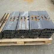 OTHER COMPONENTS floorboards CAT 320