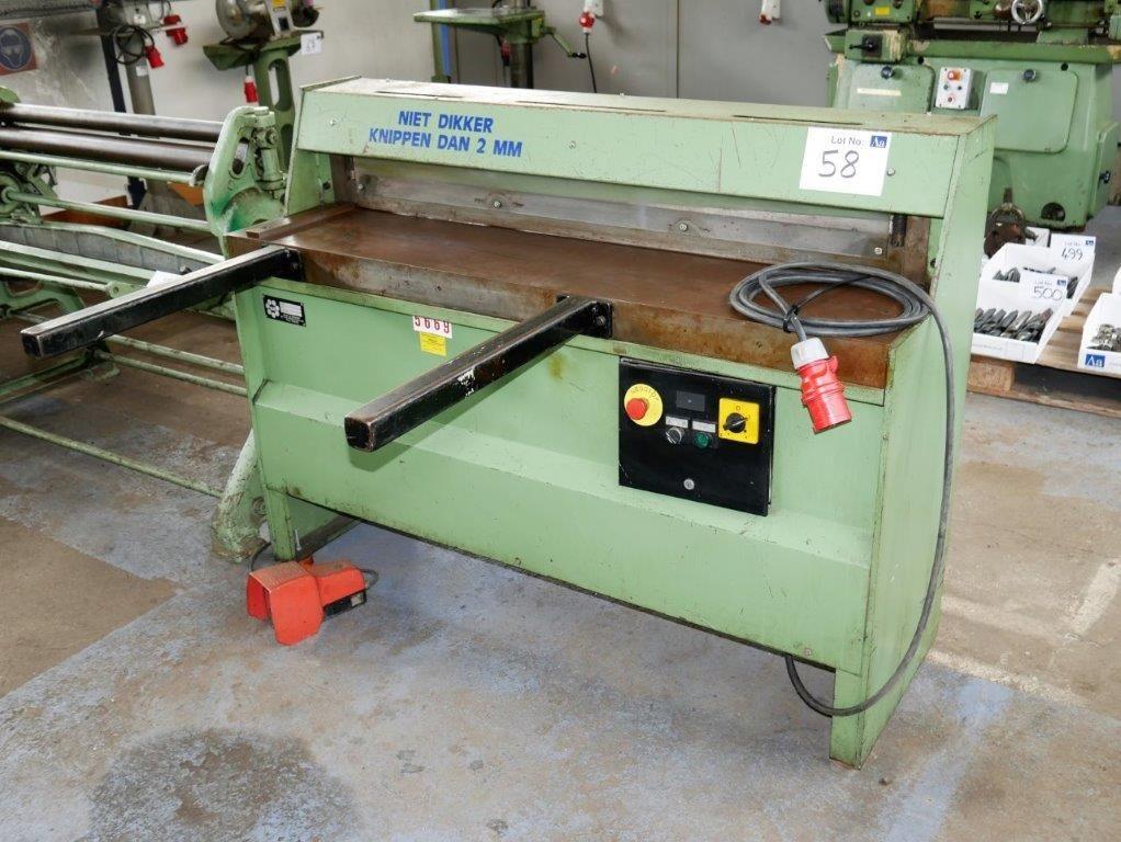 HM-Guillotina Typ JBS-1250 / 2.5
