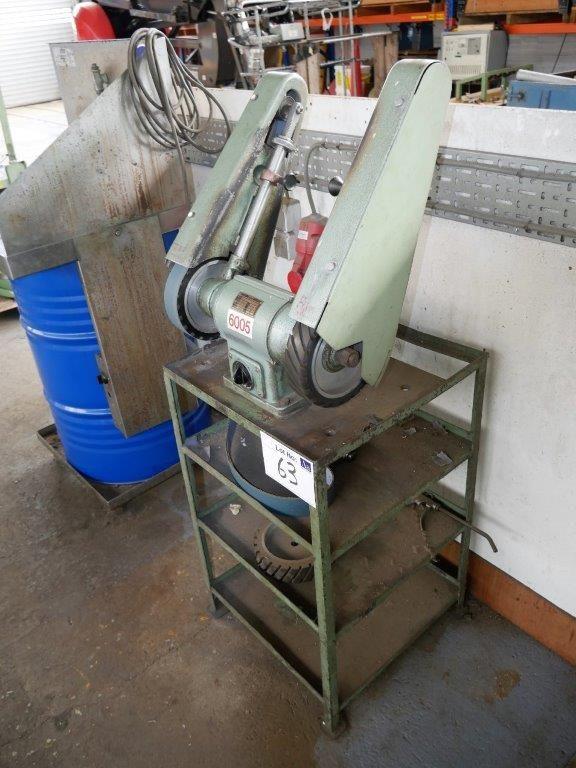 Greif Doppelseitiger Riemenabstreifer Typ D20 Auf Stahlrahmen