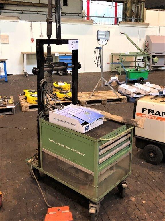 Teco Tragbare Rohrweitungsmaschine. Mit Steuereinheit Typ - CU-01A-220-5
