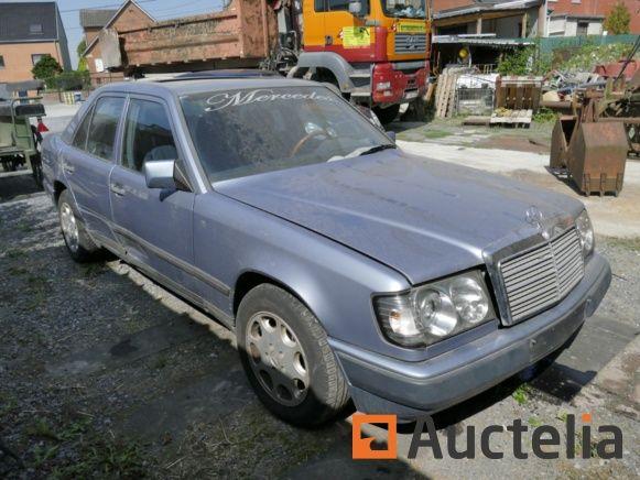 Auto Mercedes Klasse E 300 TD (1988-306500 km)