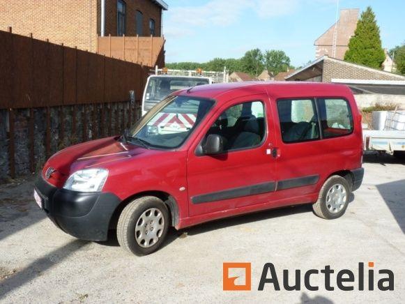 Peugeot Partner Van (2006-183663 km) repariert werden