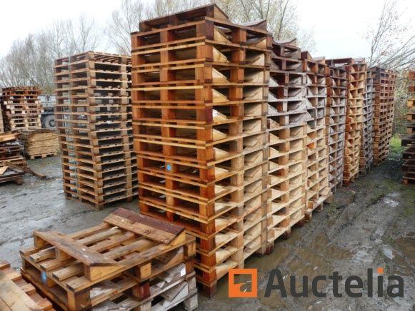 125 Holzpaletten für Rollen