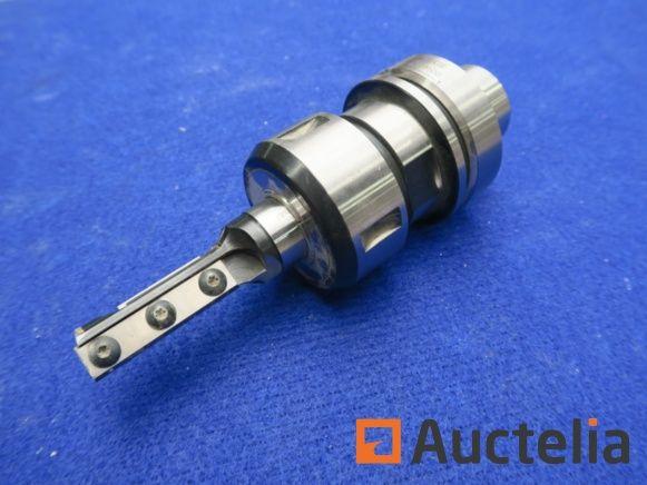 Werkzeughalter mit Fräsern pour CNC-Bearbeitungszentren Woche 4-014-12-0100