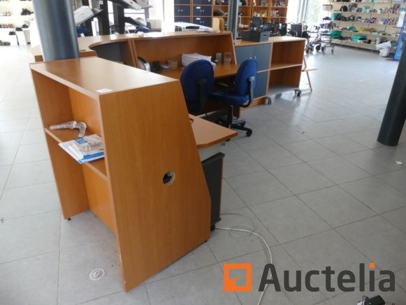 Büromöbel, Theken, Bürotischstühle
