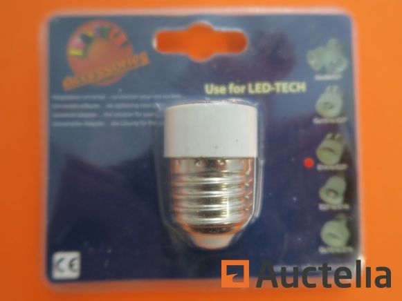 100 Steckdosen LED-TECH E14 bis E27