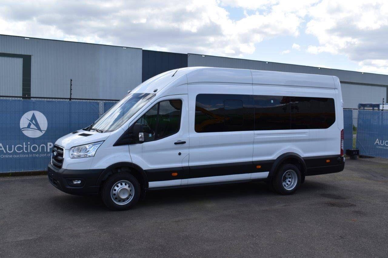 Kleinbus Ford Transit Diesel Neu