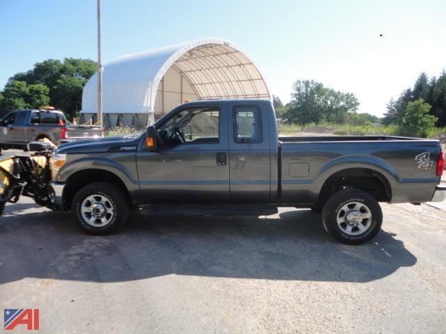 ** 5% BP ** 2016 Ford F250 XLT Super Duty Ext. Fahrerhaus Pickup Truck & amp; Pflug