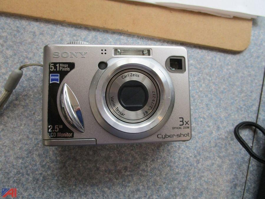 Шкаф художественных принадлежностей, Sony Cyber-Shot-Kameras und vieles mehr