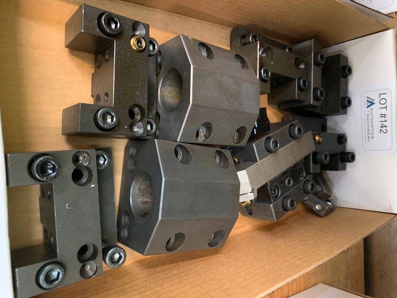 Doosan 220 Lynx Werkzeughalter