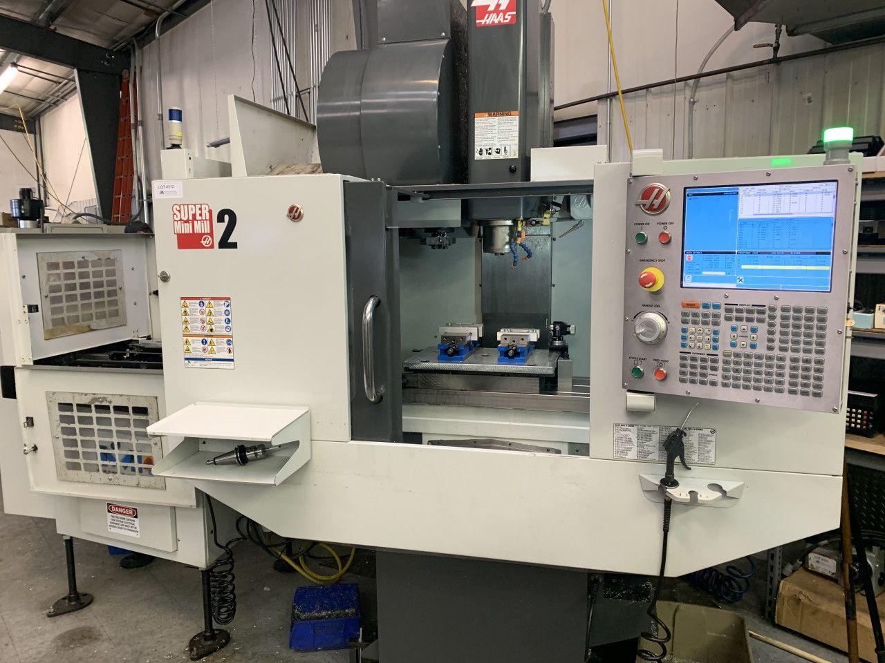 Haas Super Mini Mll 2 Vertikal-Bearbeitungszentrum W Midico Palettenwechsler