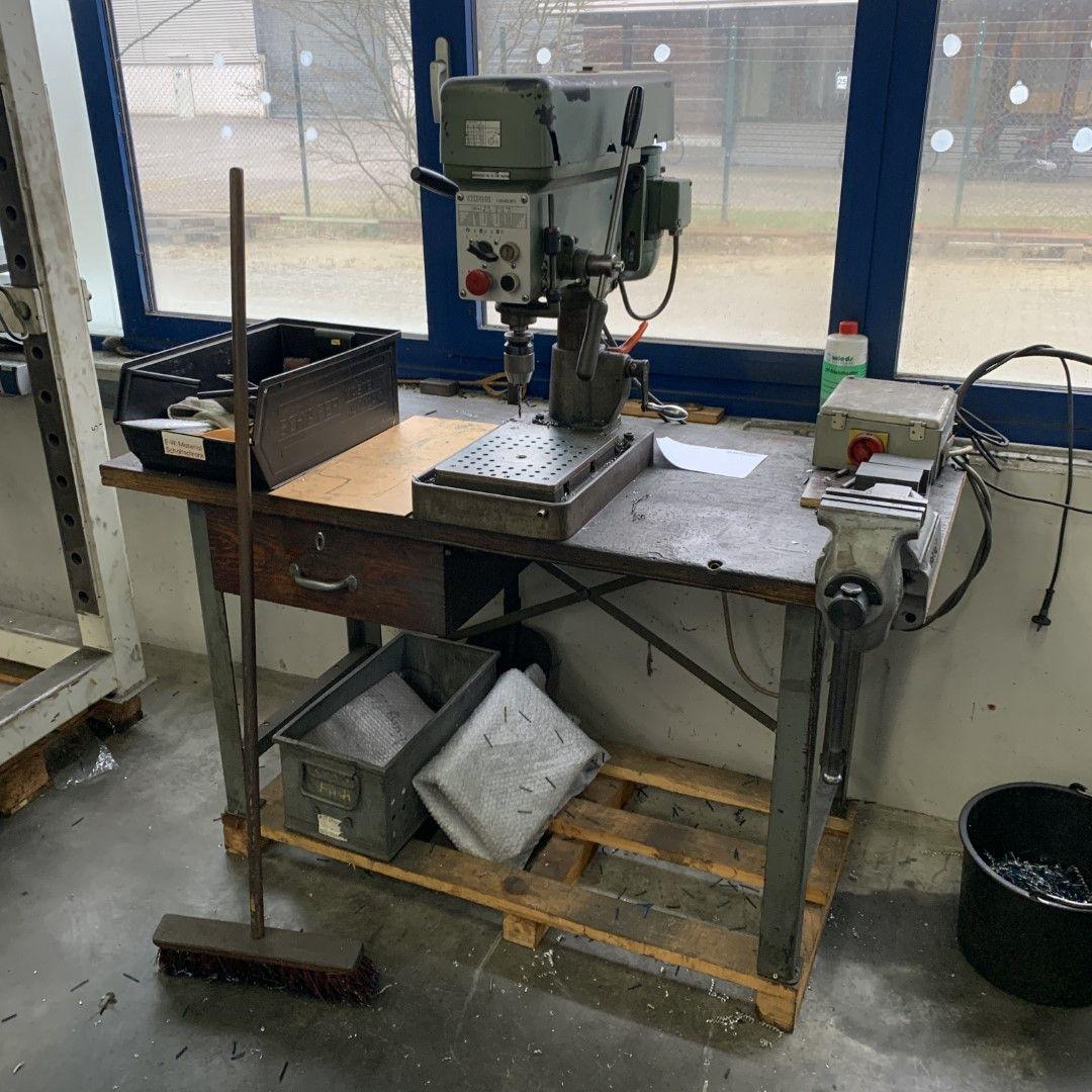 1 Tischbohrmaschine Ixion Hamburg