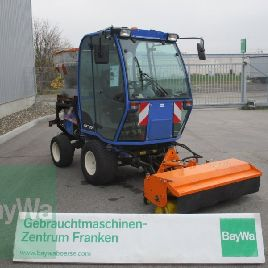 Iseki SF 370 equipment carrier, municipal vehicle large-area mower