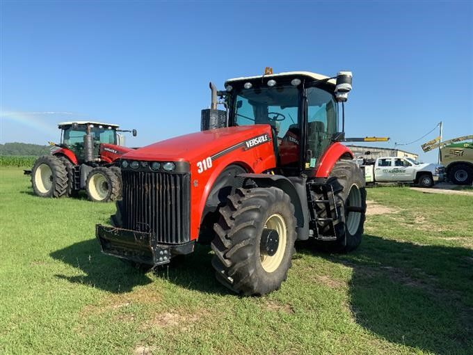 2015 Vielseitiger 310 MFWD Traktor