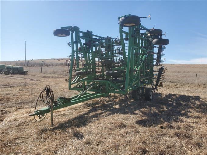 Great Plains 7548FC Feldgrubber