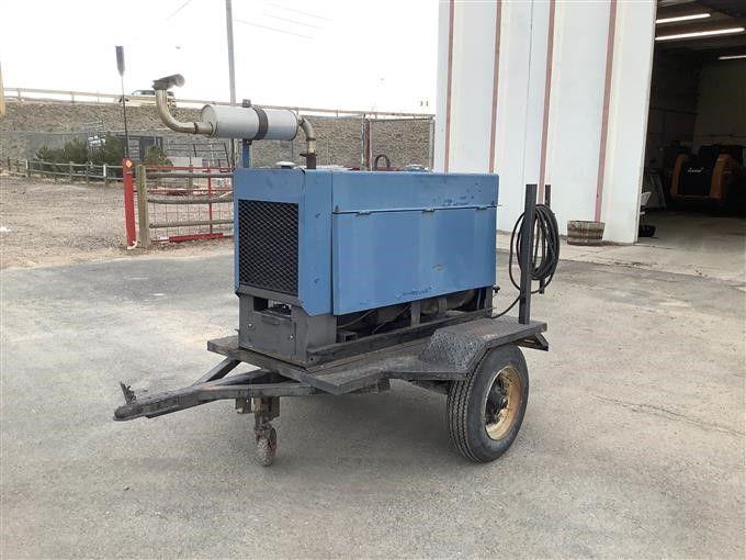 Miller Big 40 tragbarer Schweißer / Generator auf Anhänger