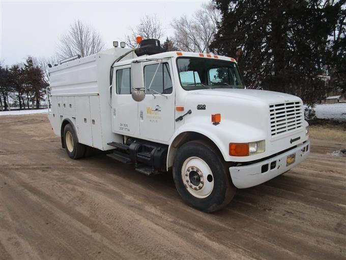 1996 International 4700 Crew Cab Service Truck