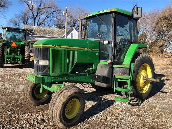 1996 Traktor John Deere 7600 2WD Traktor
