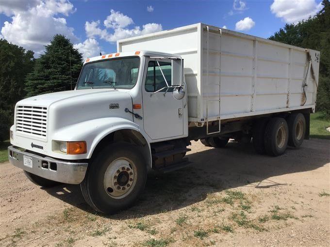 1999 Internationaler 4900 T / A Getreidetransporter