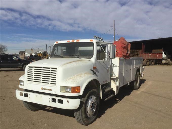 1993 International 4700 Service Truck mit Kran, Schweißer & amp; Luftkompressor