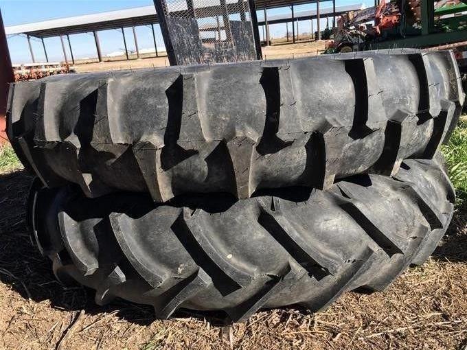 Valmont 11.2-38 Sprinklerfelgen und Reifen
