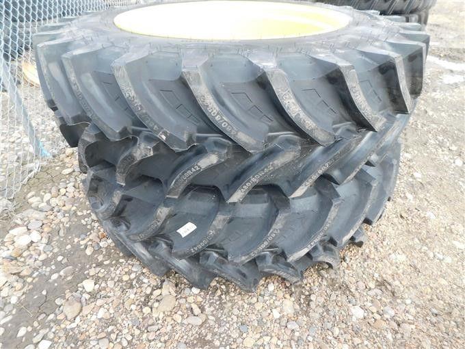 Petlas / John Deere 80 / 80R42 Traktorreifen