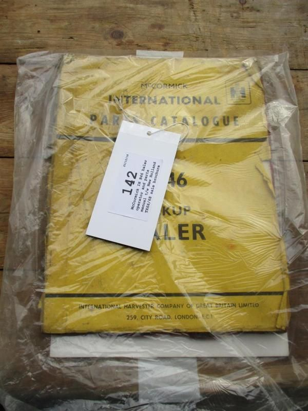 McCormick IH B46 Ballenpresse und Teile-Handbuch t / w New Holland TX66 / 68 Verkaufsbroschüre