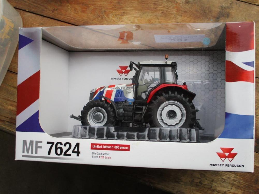 Massey Ferguson 7624 1/32 limitierte Edition, in Box