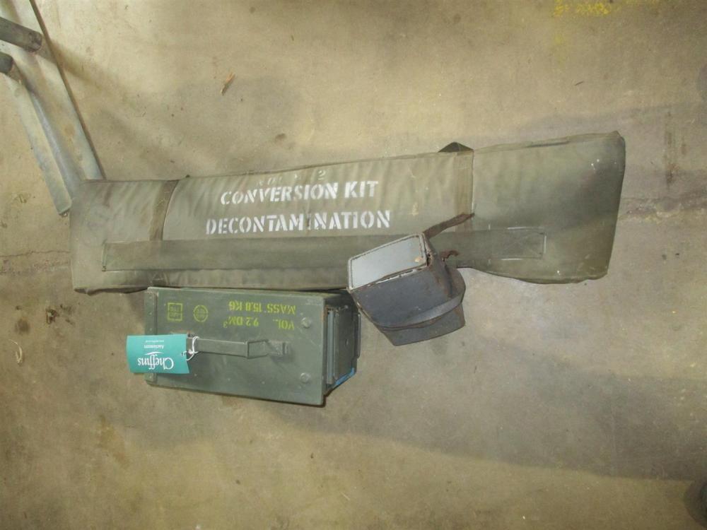Militärmunitionskasten, Dekontaminationsset und Testgerät