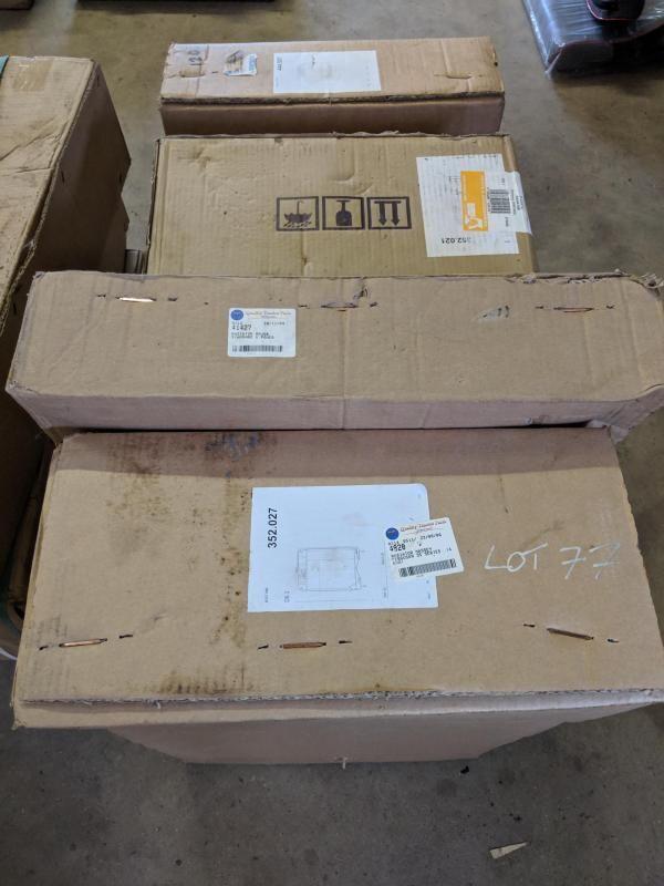 Anzahl verschiedener Kühler für Fordson Dexta, Massey Ferguson 35, Fordson Major und andere