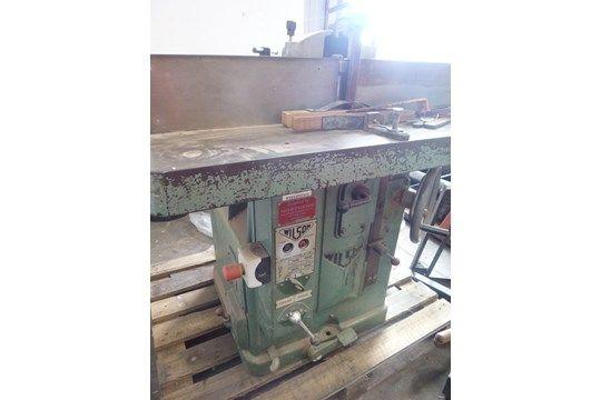 Wilson FKL630E Vertikal-Tischfräsmaschine