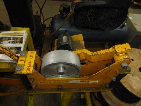 Ein NIM Cable Coiler / De-Coiler