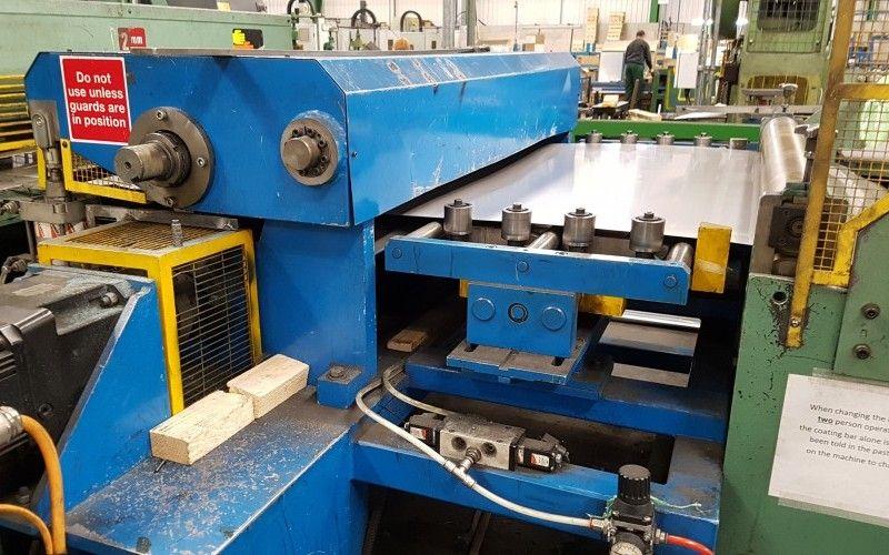 Ablängen Dimeco 1300mm für Edelstahl & amp; Aluminium