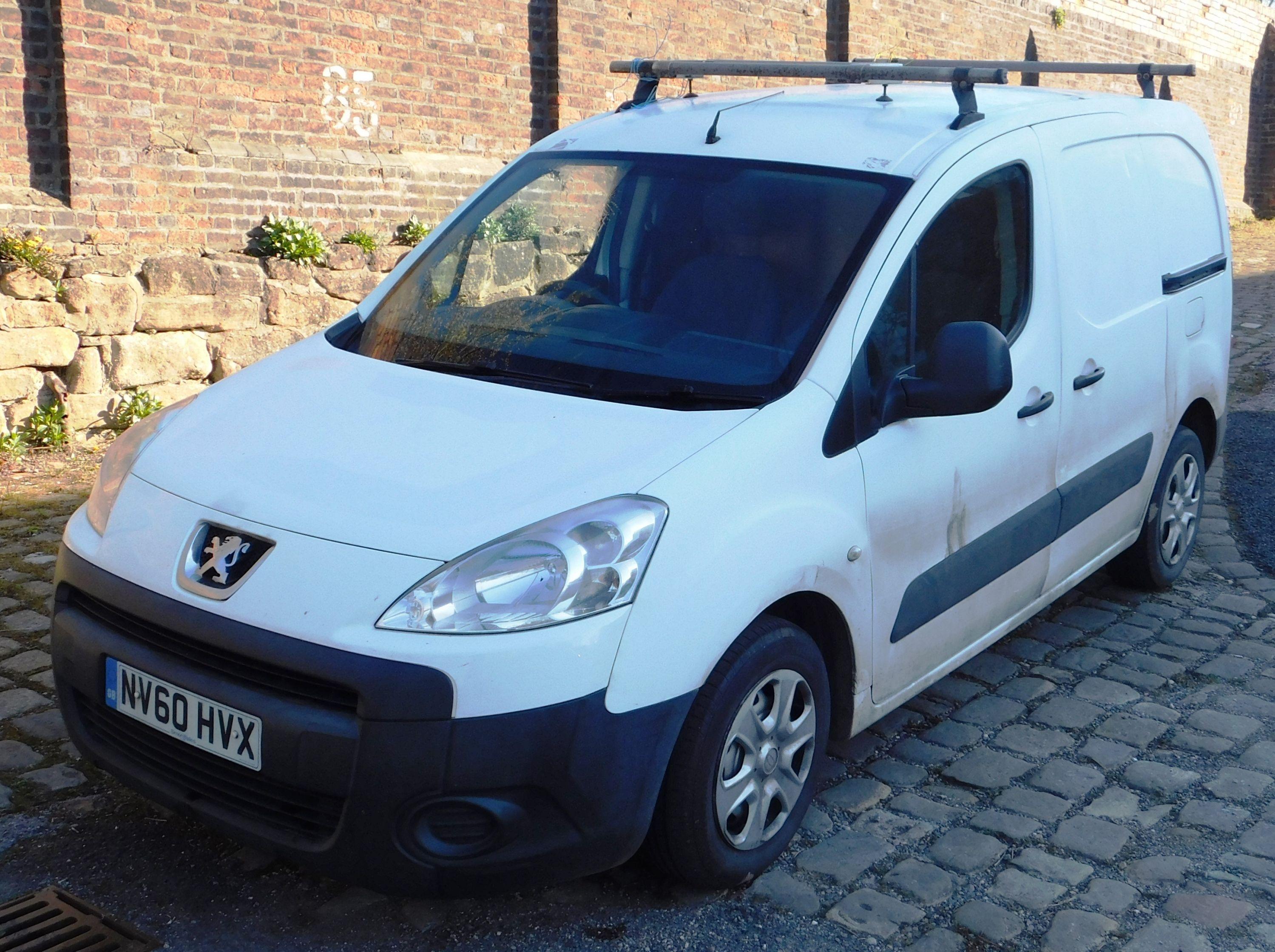 Leichte Nutzfahrzeuge - A N Hobson Electrical Limited (vorgeschlagene Liquidation)