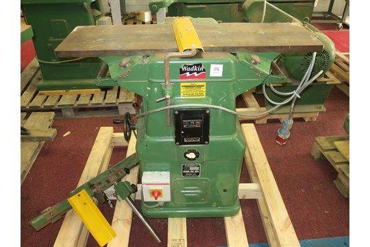 * Wadkin Bursgreen BAO / S 63677 12 ' Hobel Thicknessor 3PH (Casting brach auf dem Oberflächentisch.
