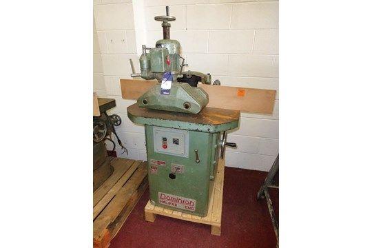 Dominion-Tischfräsmaschine